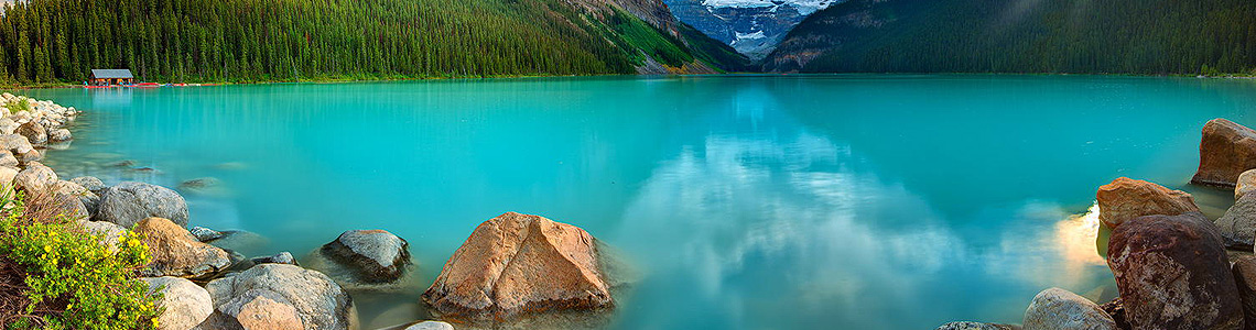 Lake Louise Hotels